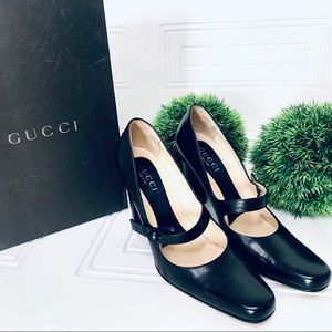 Host pick Gucci leather mary jane pumps